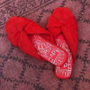 DV | Addie Microsuede Knotted Slide Sandals